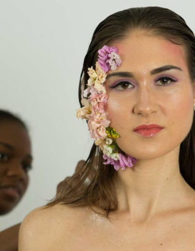 shooting-fleurs-maquillage-léger