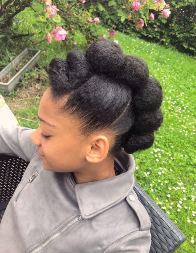 Coiffure cérémonie sur cheveux naturels